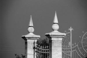 poort zwart wit
