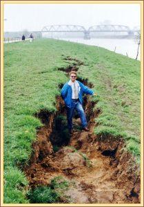 1992_roermond_aardbeving_003